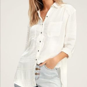 New!! EASY MOVES WHITE BUTTON-UP LONG SLEEVE TOP